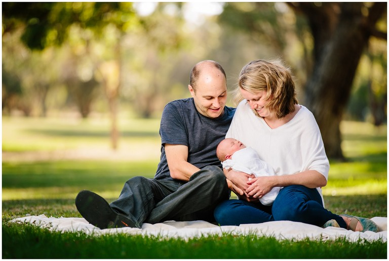 Casual Outdoor Family Photos Perth - L - 005 [Deprimo Photography]
